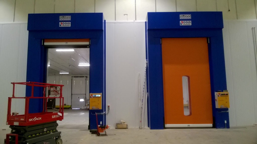 2500mm x 4500mm Coldmaster Doors
