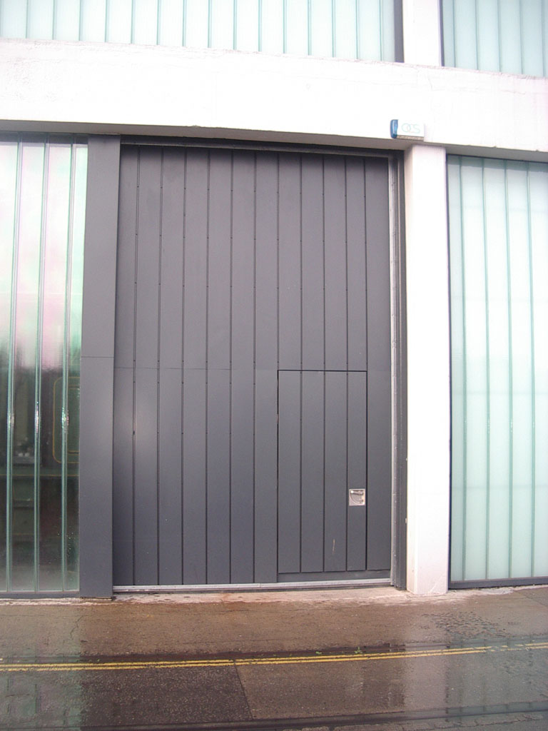 Acoustic Horizontal Sliding Door with Steel Hinged Pass Door